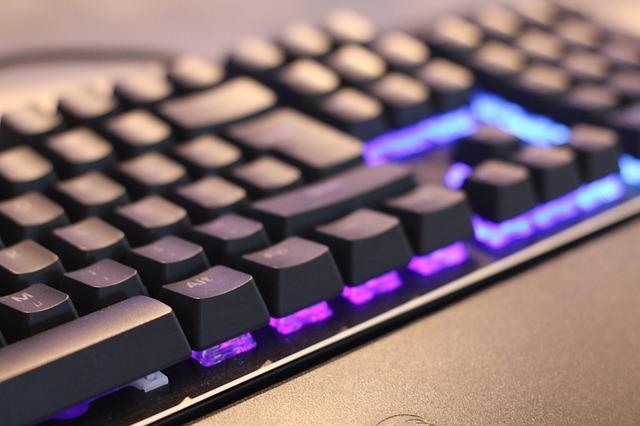Podsvícená herní klávesnice