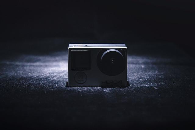 Typická akční / outdoorová videokamera